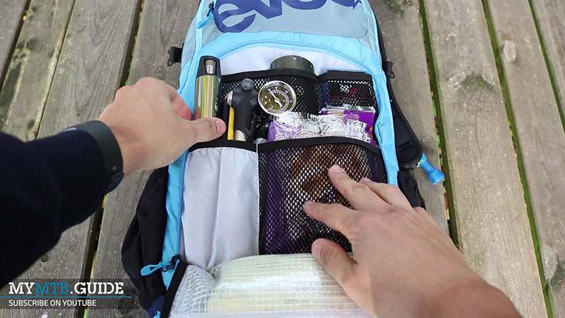 evoc fr enduro team 10